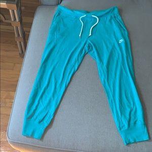 🌻Nike pants